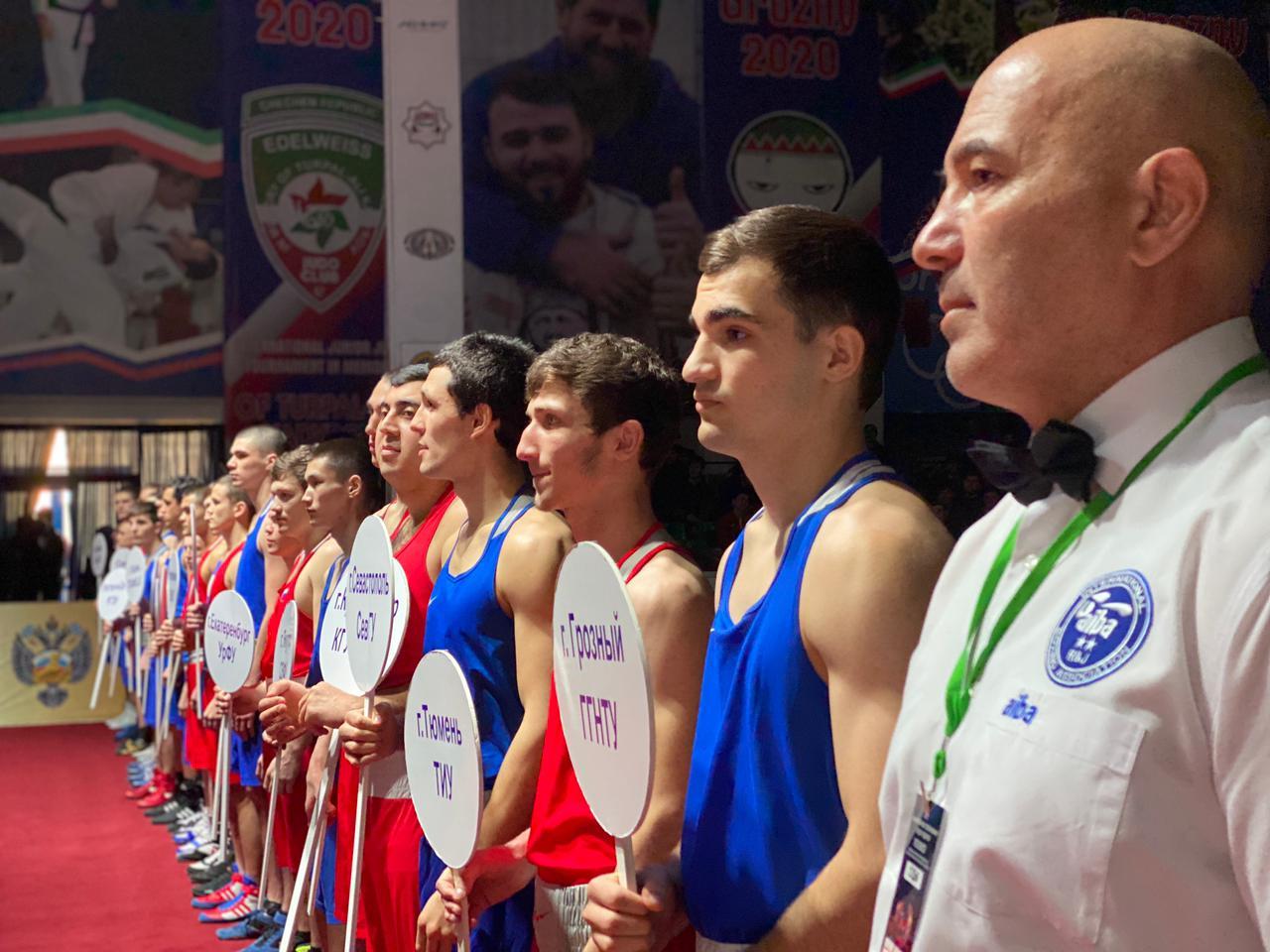 Команда ГГНТУ победила в соревнованиях по боксу среди студентов