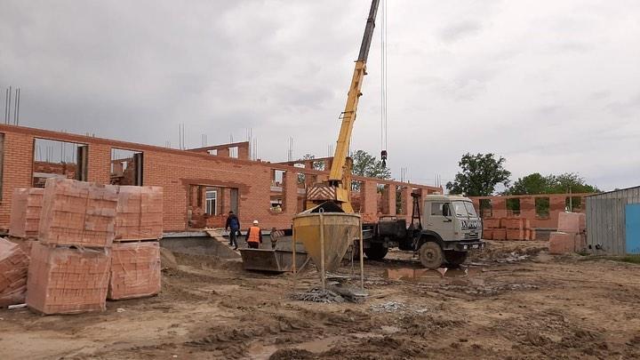 Новые школы в Науре