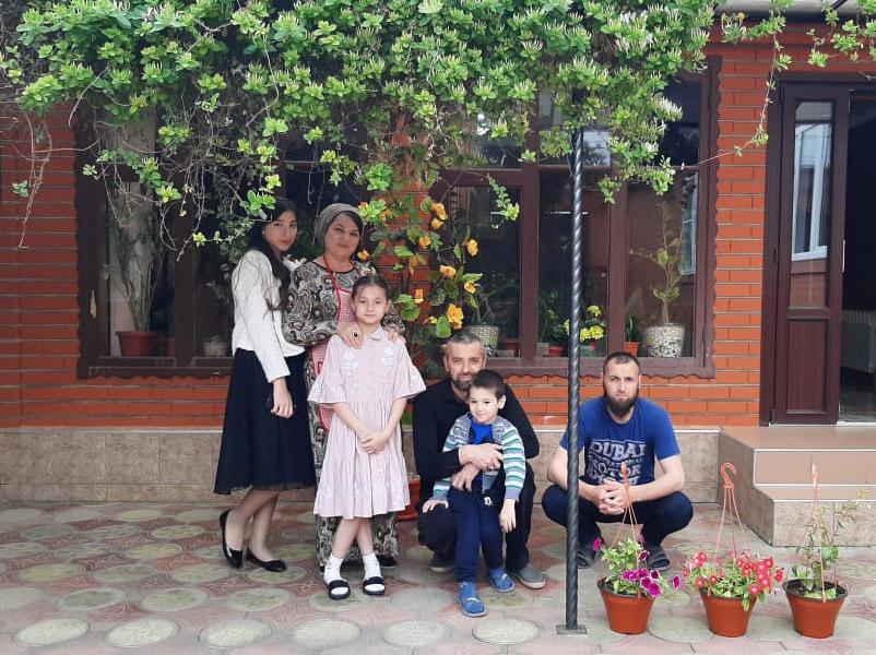 В День семьи о семье Юнуевых