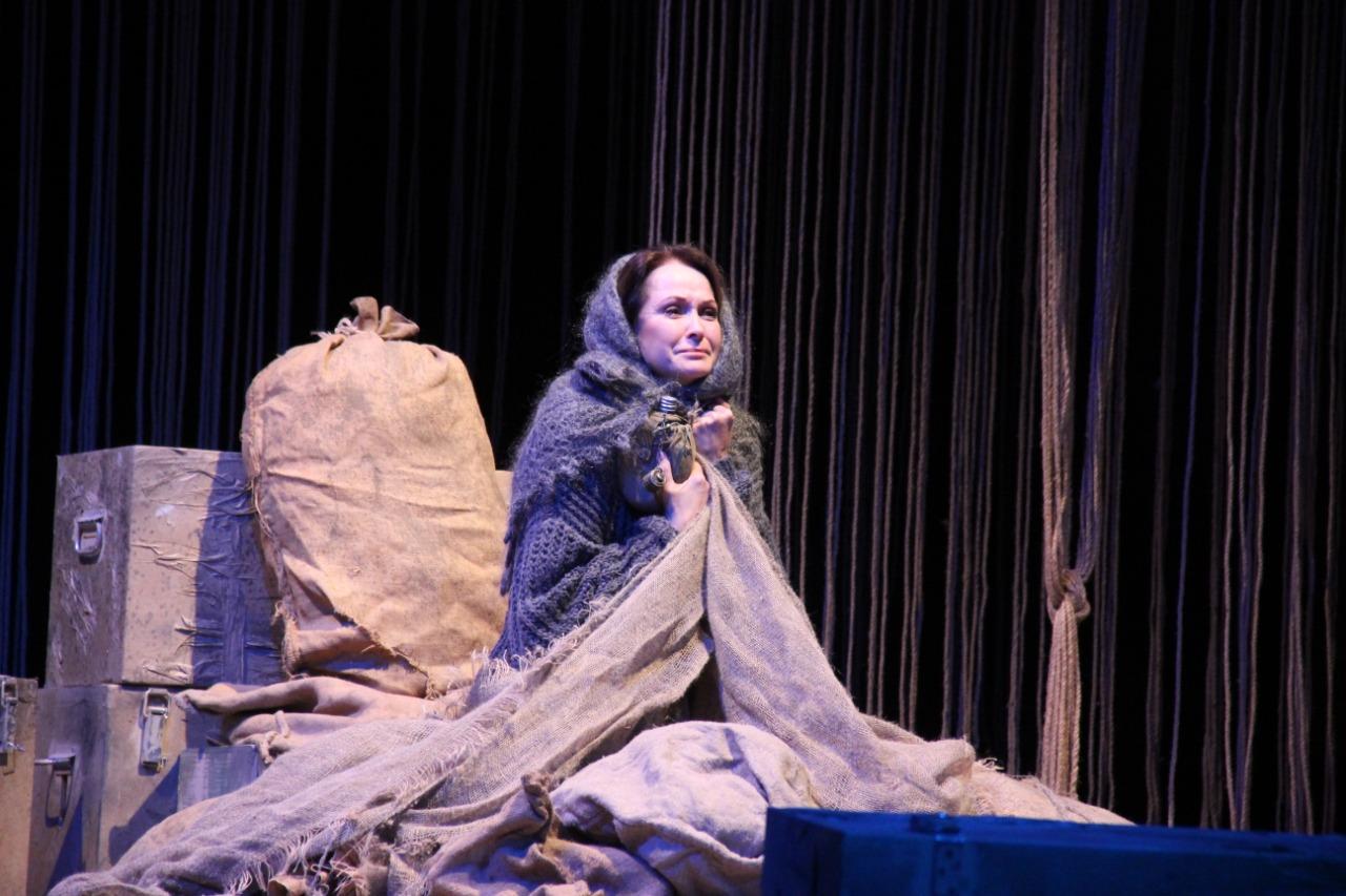 В театре Нурадилова состоялось открытие сезона
